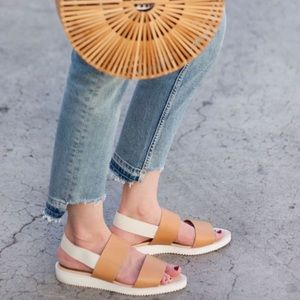 Everlane The Street Sandal 👡